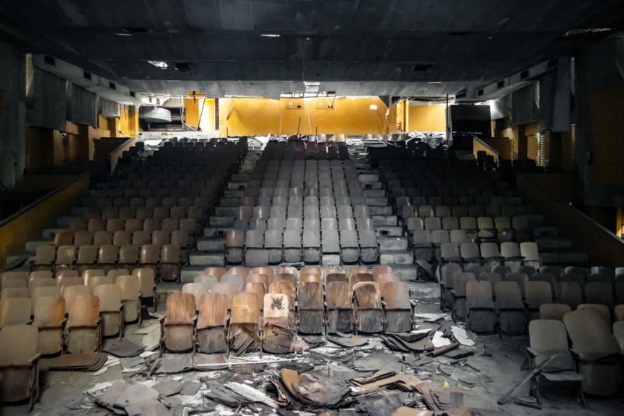 Inside Zhongyang Theater, Guanmiao
