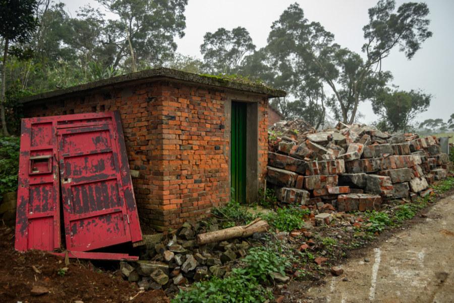 Shengtai Brick Factory Outbuilding