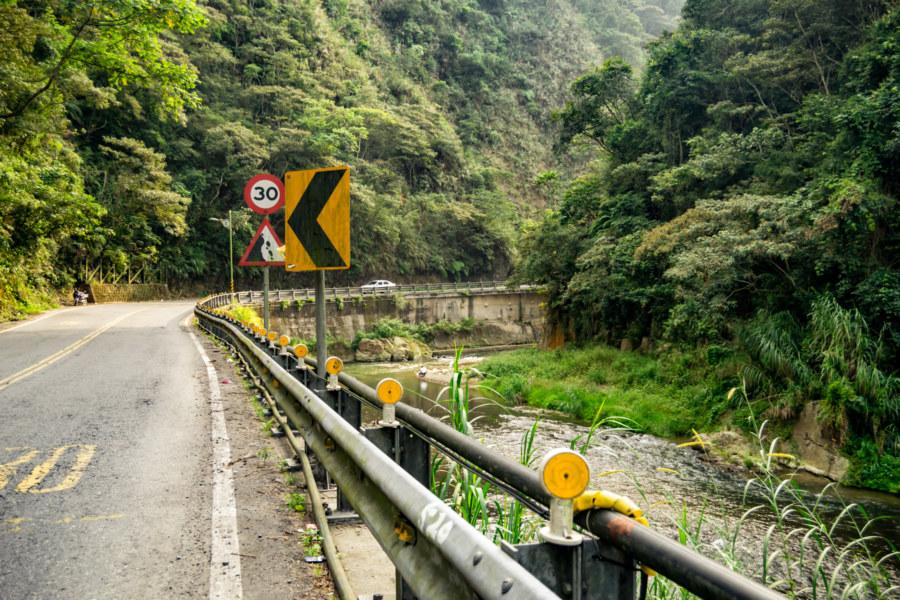 Driving Through Niudong Canyon
