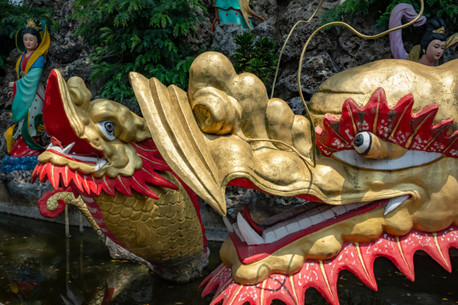 Golden Dragons at Cide Temple, Caotun