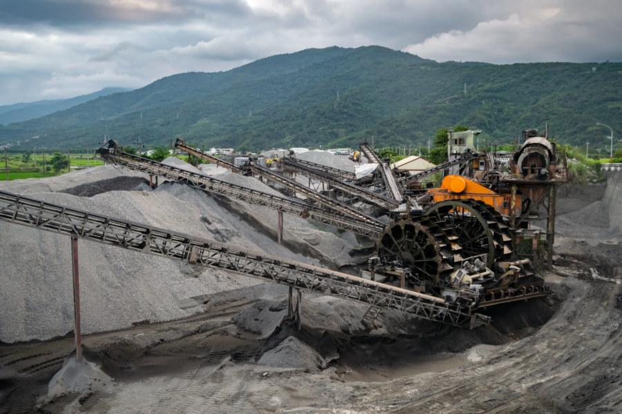 Gravel Industry Along the Upper Xiuguluan River