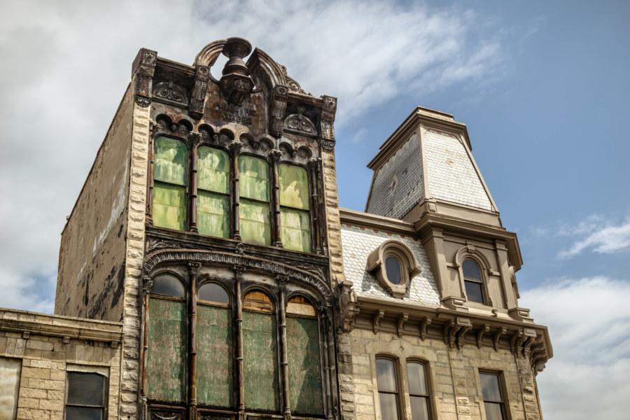 Petrie Building, 1882