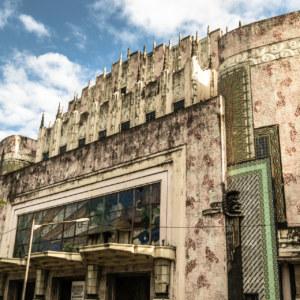 Manila Metropolitan Theater facade