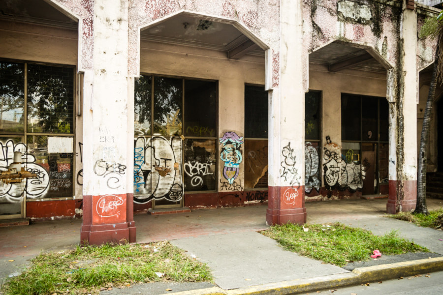 The Manila Metropolitan Theater in a deplorable state