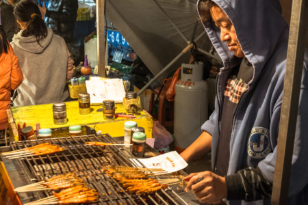 Shrimp on the barbie at Jingcheng Night Market