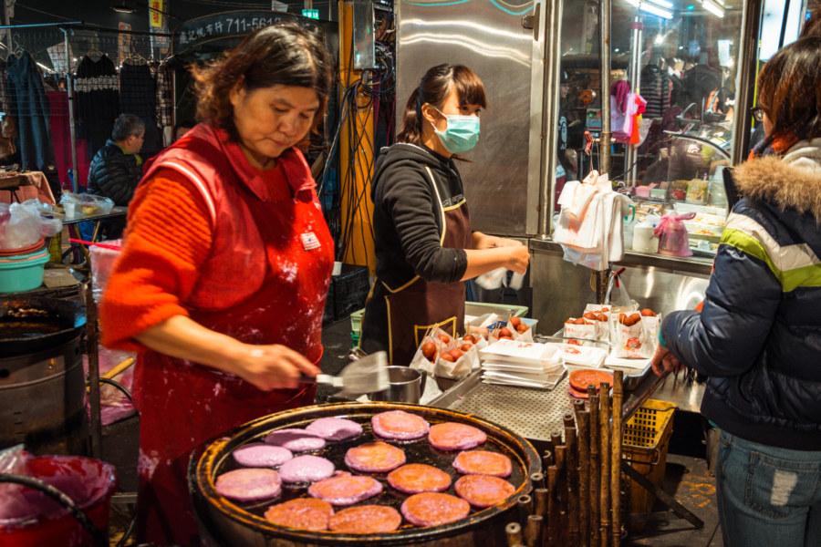 Purple pancakes at Jingcheng Night Market
