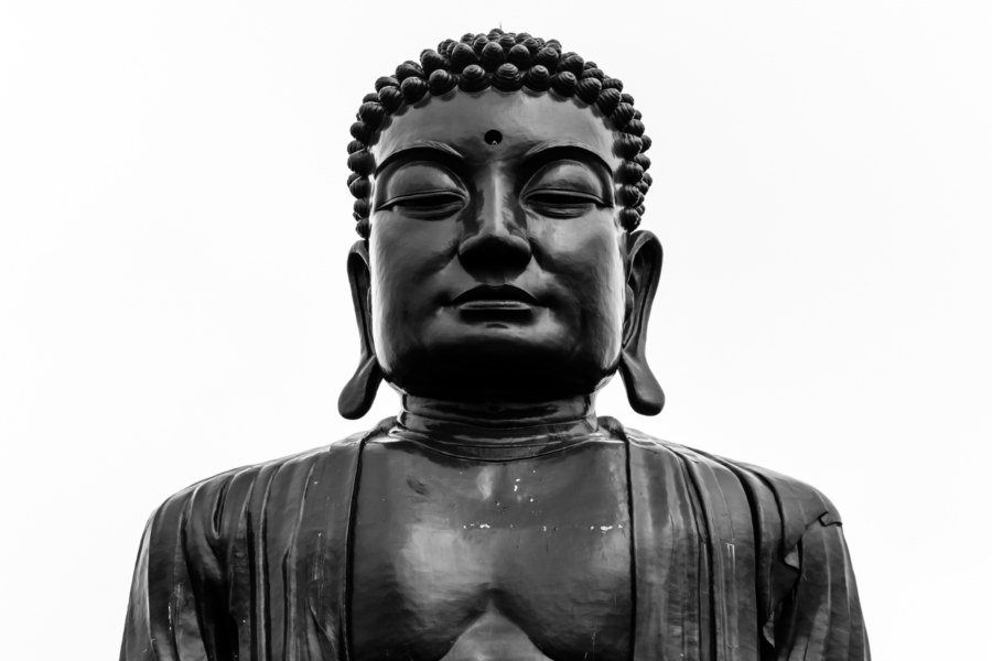 The Big Buddha of Baguashan in black and white