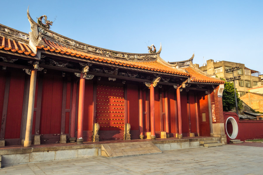 The outer gate to the Confucius Temple in Changhua City