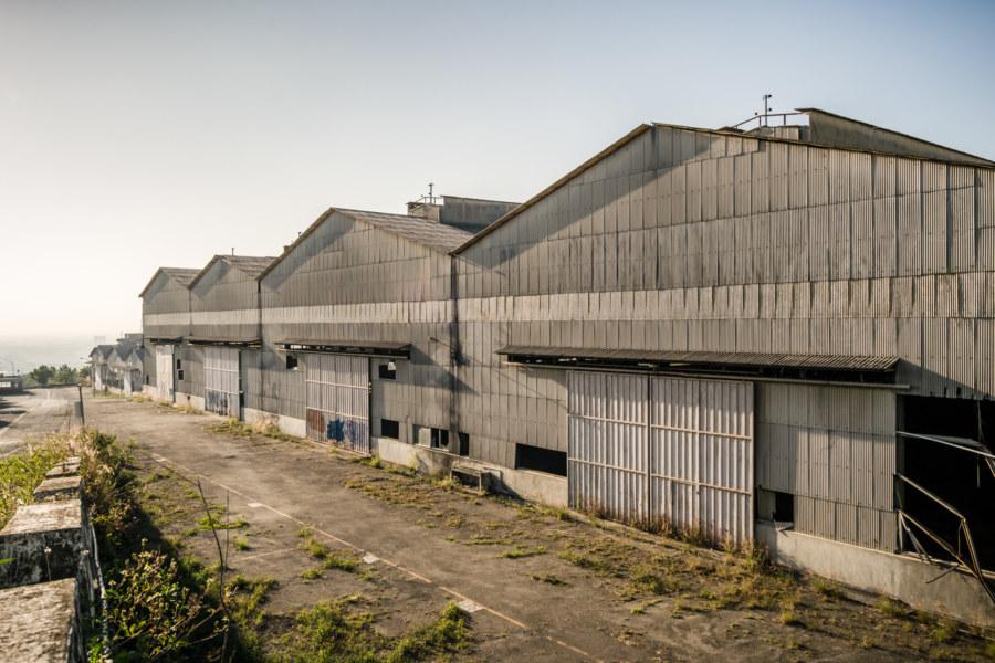 An abandoned automotive plant at Dayeh University