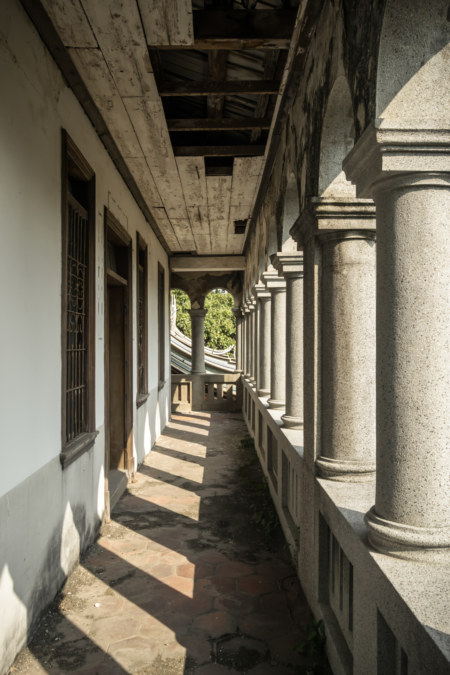 The second floor balcony at Hong Family Mansion III
