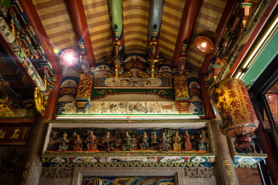 Ceiling detail inside Yuqu Temple