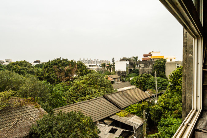 Overlooking the abandoned Changhua Railway Village
