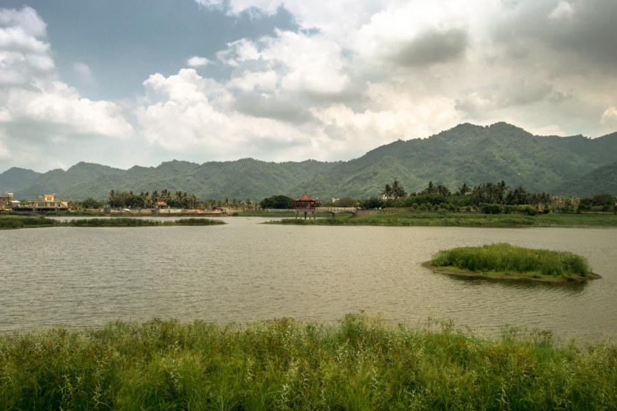 Meinong's famous lake