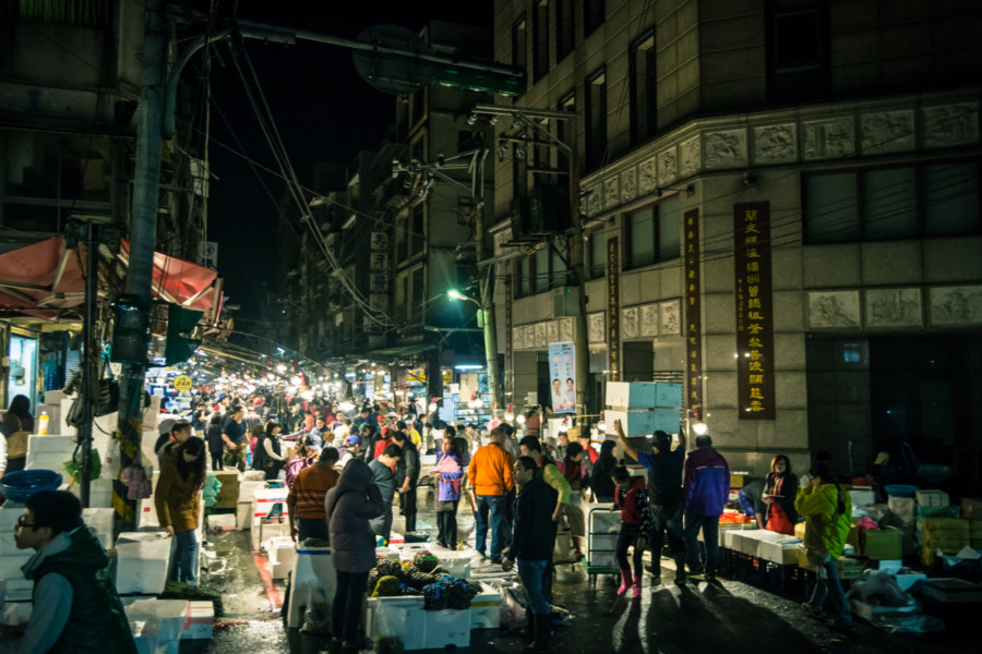 Bright lights, big fish market