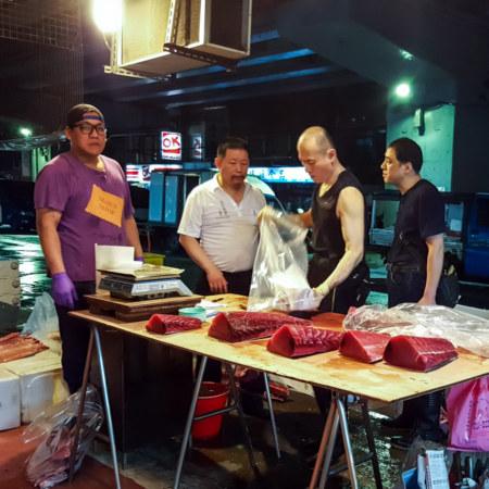 Red tuna vendor at Kanziding Fish Market