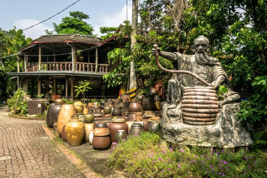 Welcome to the Shuili Snake Kiln 水里蛇窯