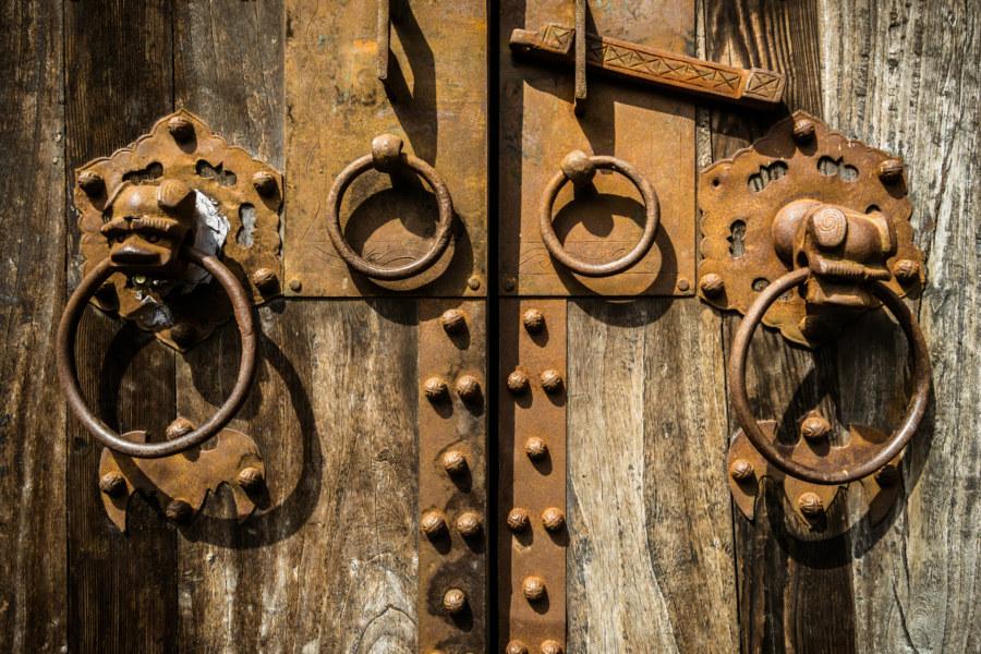 Old doors at the Shuili Snake Kiln 水里蛇窯