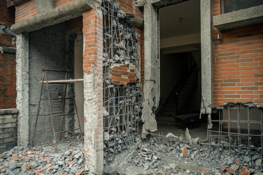 Crumbling Townhouse in Zhushan