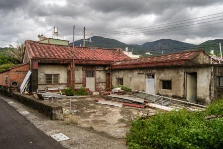 Unusual roofing in Fenggang Village