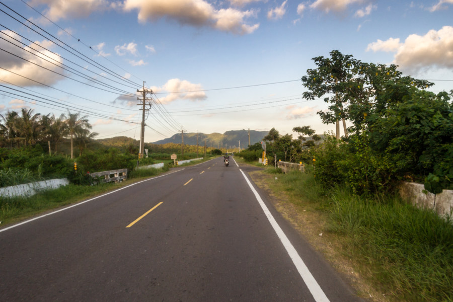 On the road in the hills above Hengchun