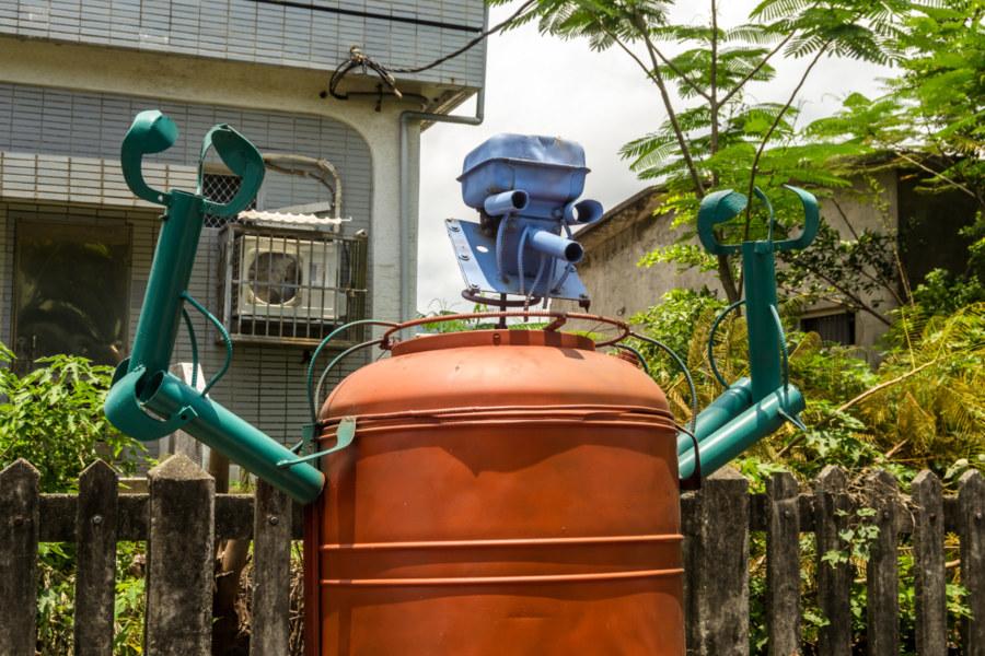 Robot folk art is popular in Taiwan