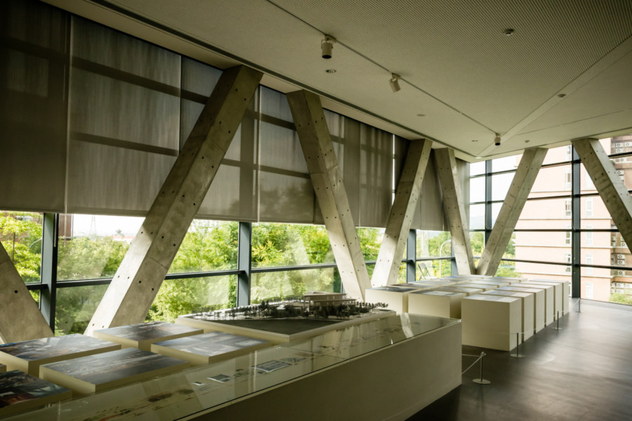 Triangles dominate the interior of Asia Museum of Modern Art 亞