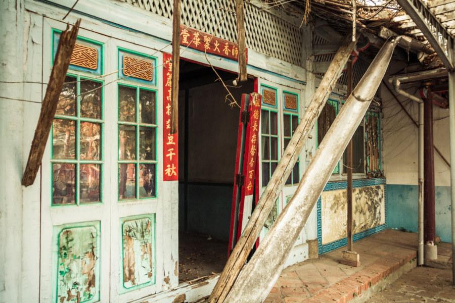 Fahua Temple falling into ruin