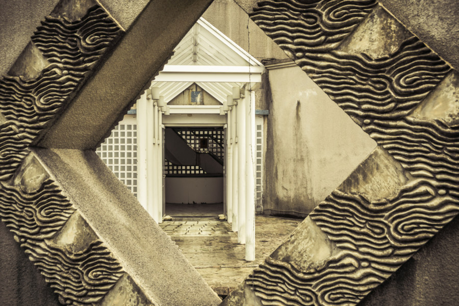 Brutal architecture at the Renoir resort club 雷諾瓦俱樂部