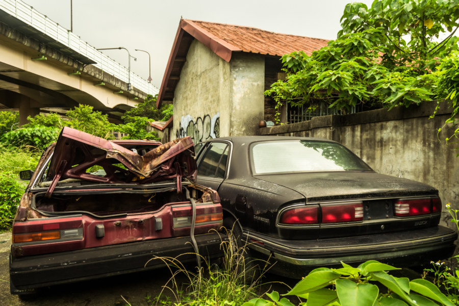 Abandoned automobiles in Songshan