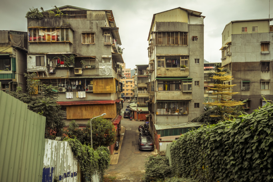 Halfway up a hill in Wenshan District