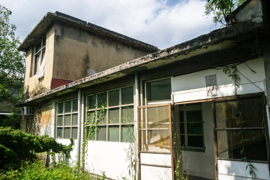 Another abandoned home in Jiahe New Village 嘉禾新村