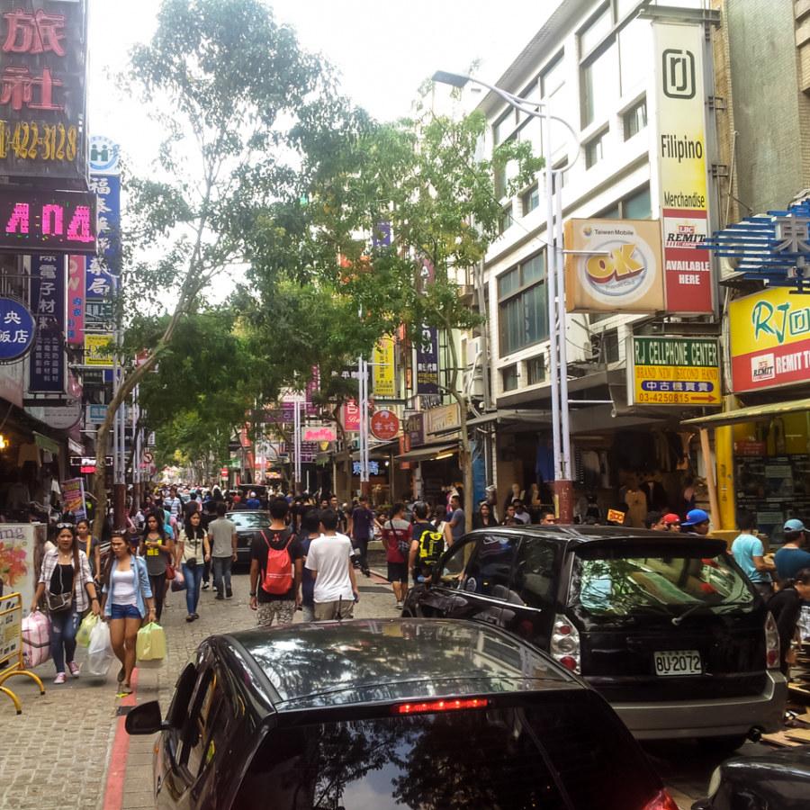Sundays in Zhongli