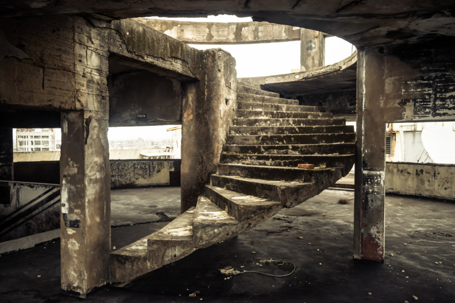Into the rooftop ruins