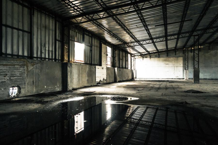 Barren emptiness on the third floor