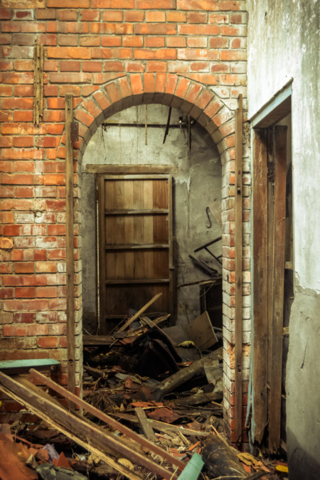 A brick archway in the abandonment