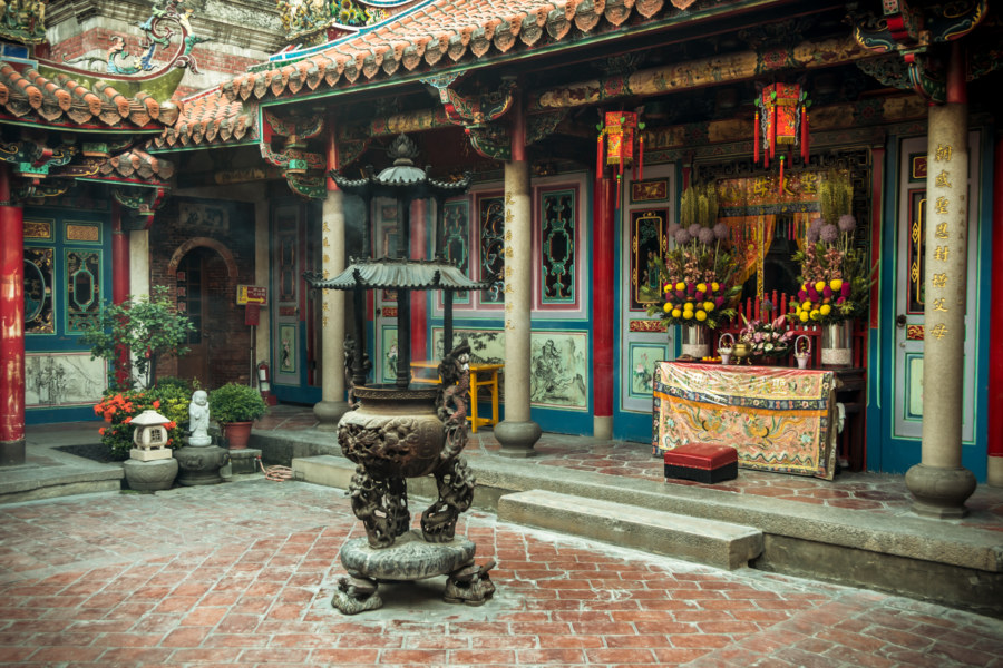 An inner courtyard in Chaotian temple 朝天宮