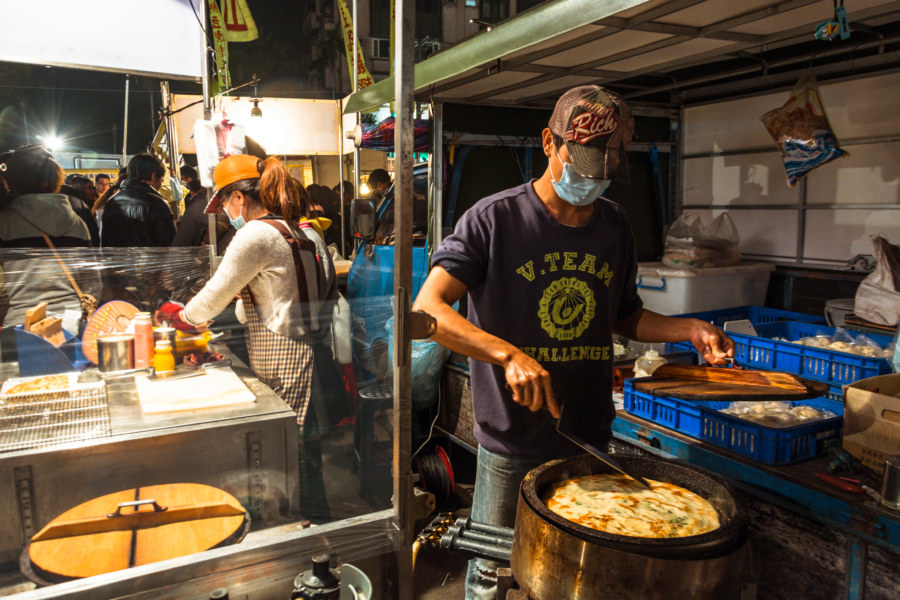 Huge scallion pancakes at Douliu Renwen Park Night Market