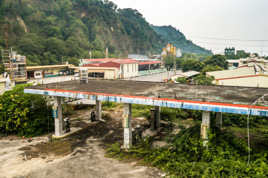 Overlooking an Abandoned Gas Station in Linnei