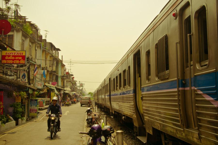 Thon Buri railway station