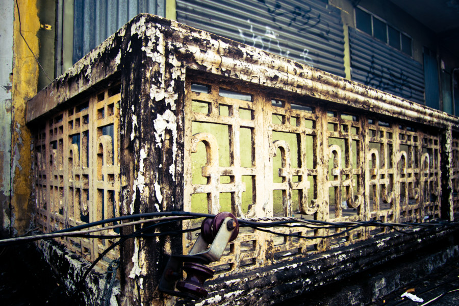 Bangkok grime and decay
