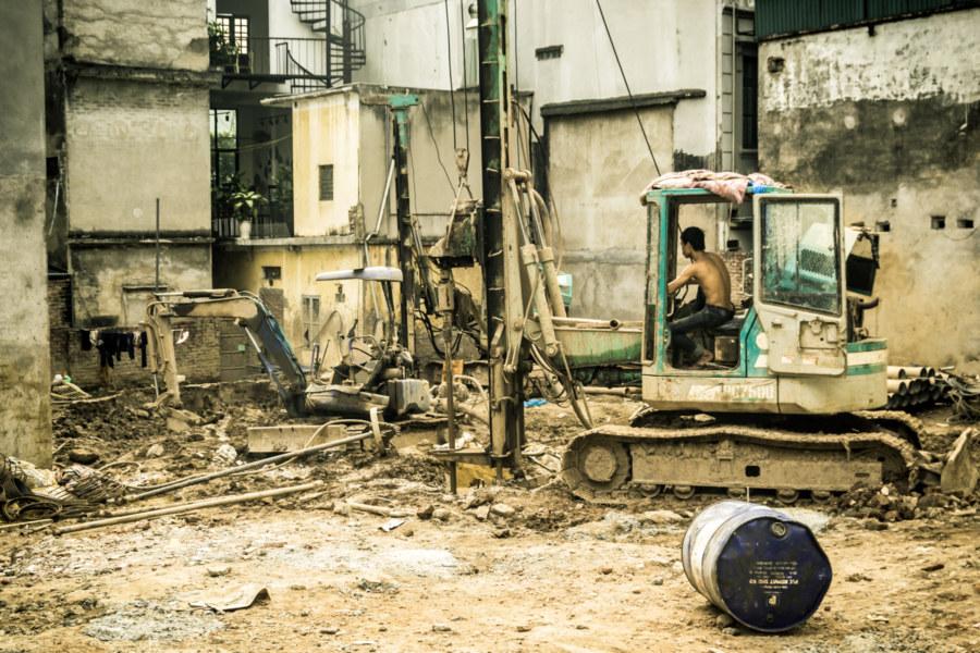 Probing the depths of Hanoi