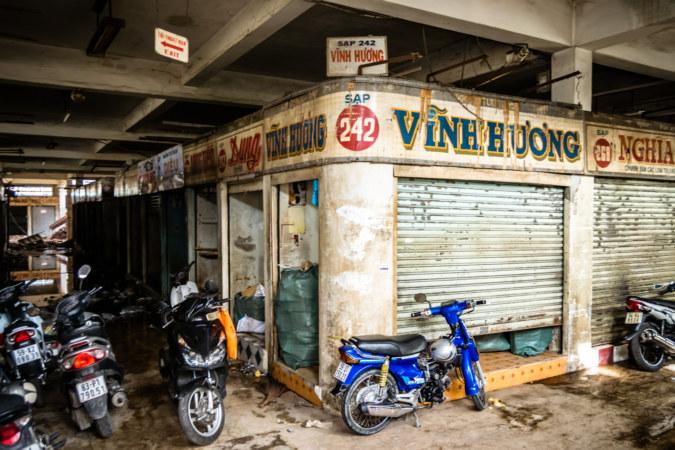 Looking left inside Binh Tay Market